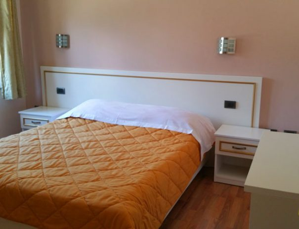 double-room-hotel-margjeka