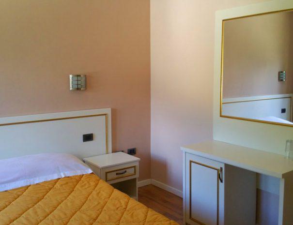hotel-margjeka-book-valbone-2
