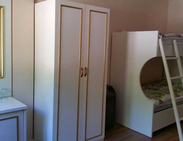 family-room-valbone-margjeka